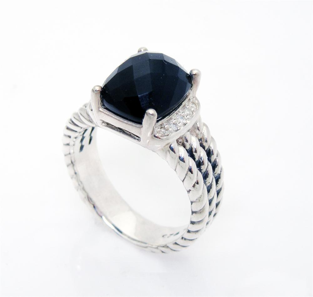 David Yurman Wheaton Petite Black Onyx 0.08tcw Diamond