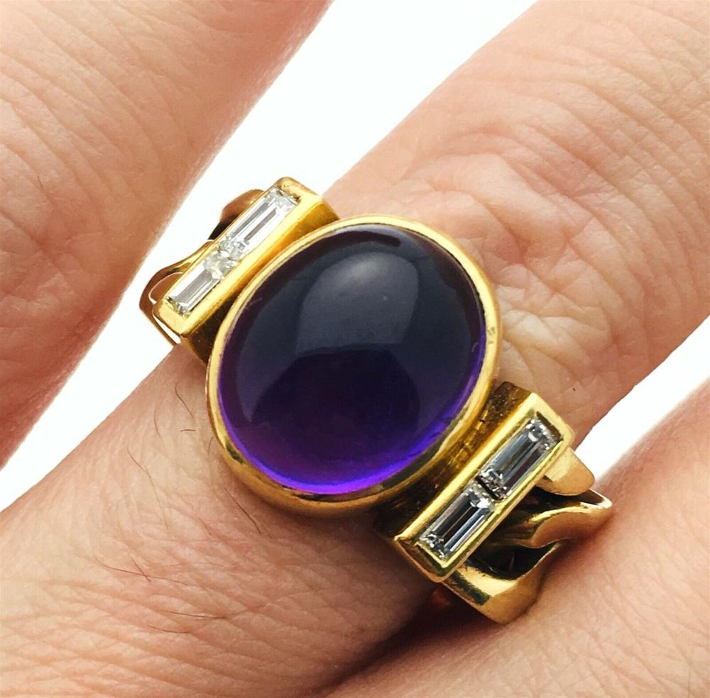 Bvlgari 18k Cuban Flex  Cabochon Amethyst Diamond Ring