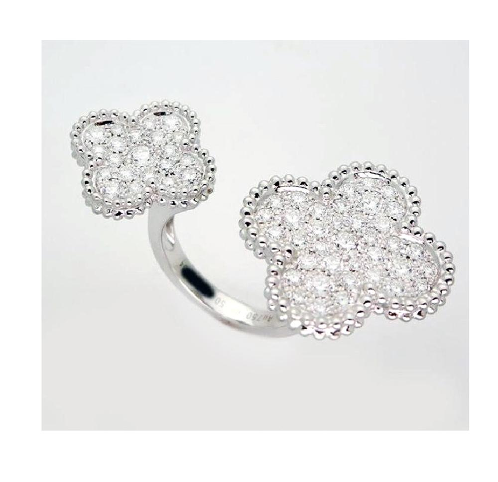 Van Cleef & Arpels Diamonds Alhambra Between the Finger