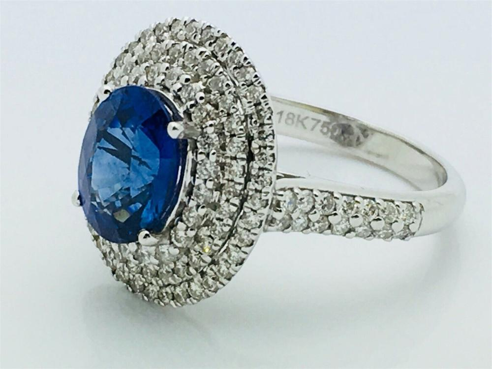 18k White Gold 0.40 Diamond & 2.47ct Sapphire Ring