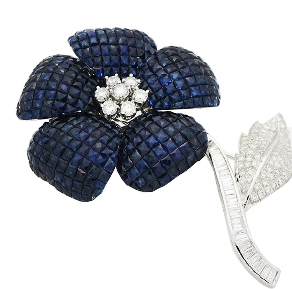 AMAZING 18k W Gold 3.5tcw Diamond & Sapphire Flower Pin