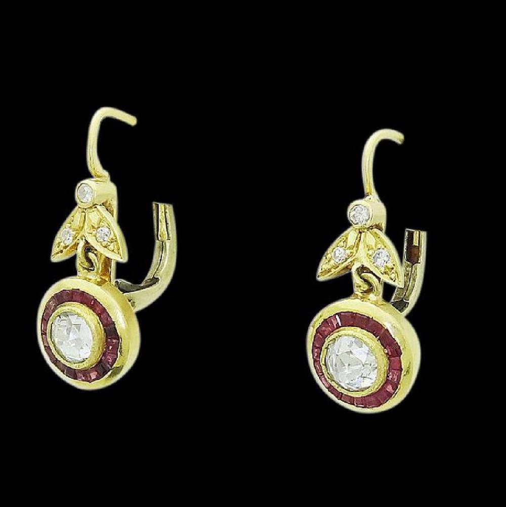 Antique 18k Gold 2.00 TCW Rose Cut Diamond Ruby Dangle