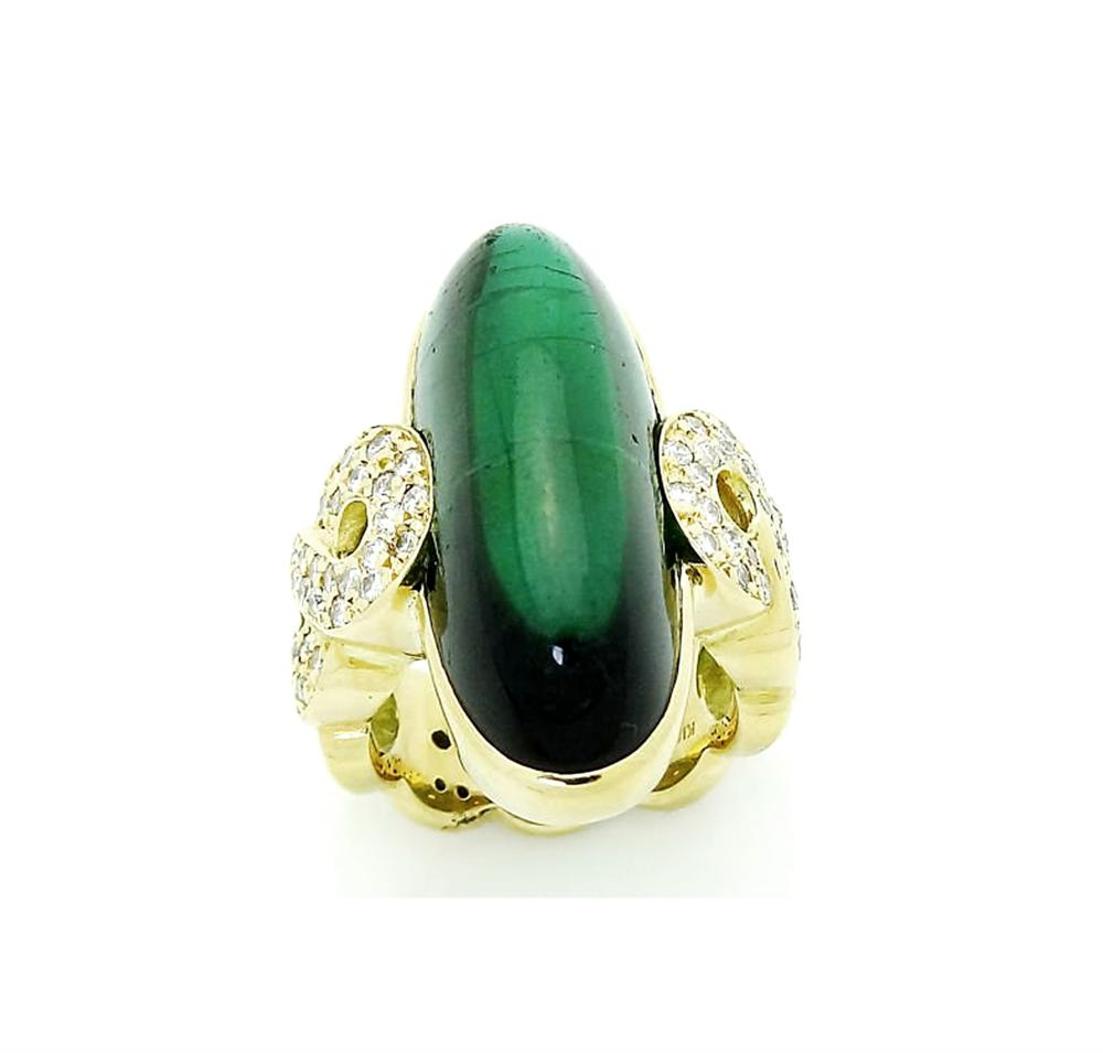 18k Yellow Gold Green Tourmaline Cabochon Diamond Ring