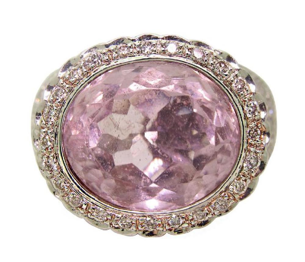 14K  8.30ct Oval Kunzite 1.5twc Diamond Ring