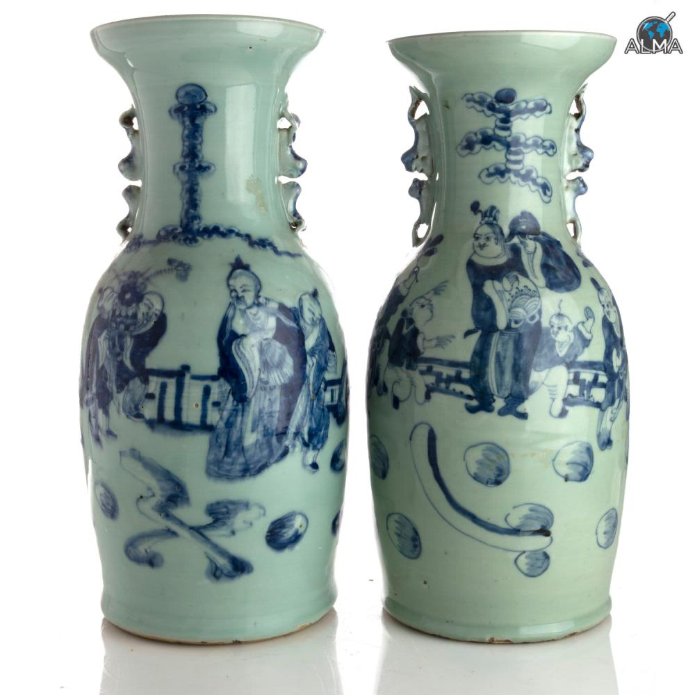 Pair of Chinese Porcelain Vases, Blue White, Qing Dynasty