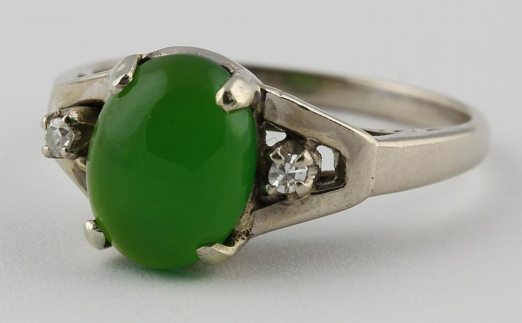 Chinese White Gold, Jadeite, and Diamond Ring