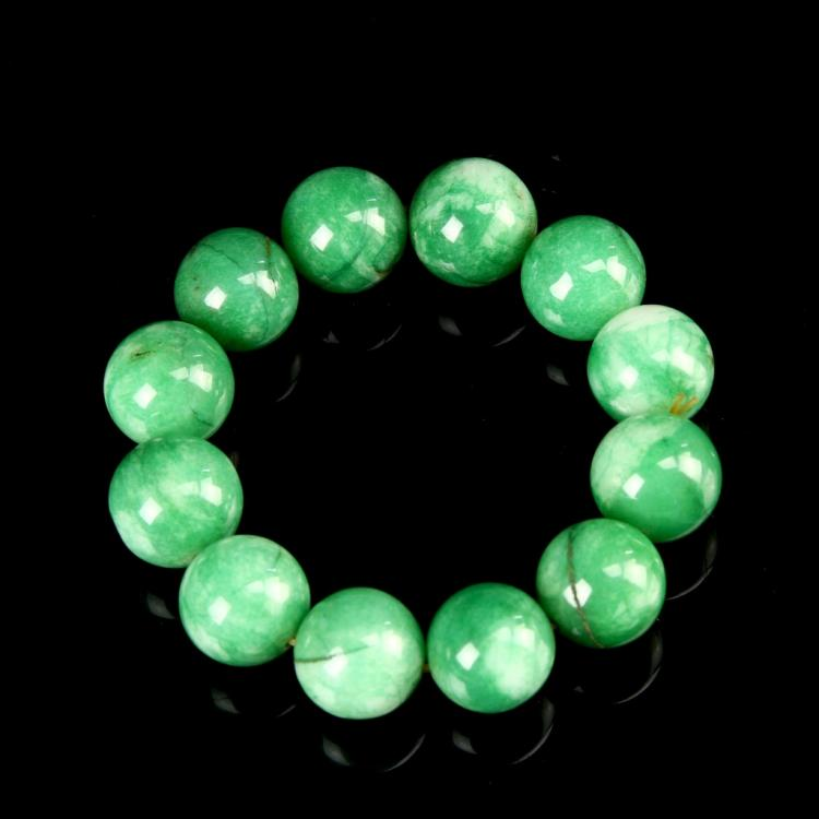 Chinese Jadeite Beaded Bracelet