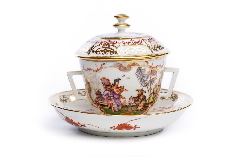A small tureen with cover and  saucer, Meissen 1725/30 | Kleines Deckelgefäß, Meissen 1725/30