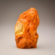 White/Marble Baltic Amber stone (294.2 g.)