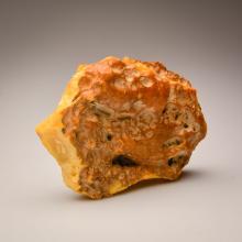 White/Yellow Baltic Amber stone (203g.)