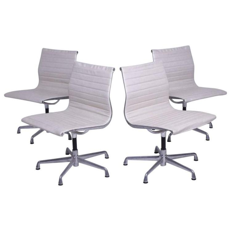 Early Aluminum Group Herman Miller Eames Chairs With Five Star Base