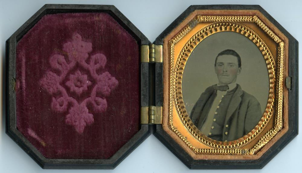 Seated Civil War Soldier- Octagonal Case
