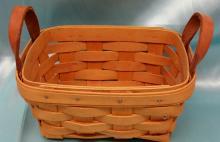 1988 Longaberger Tea Basket