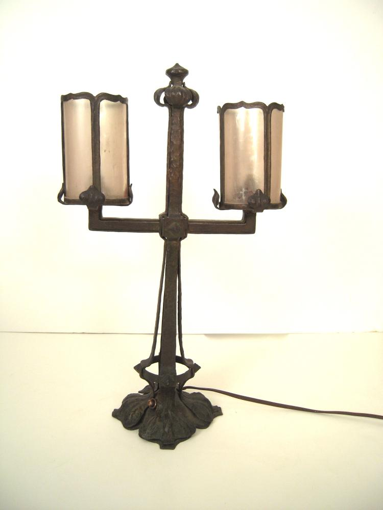 Arts & Crafts Wrought Iron and Mica Desk Lamp