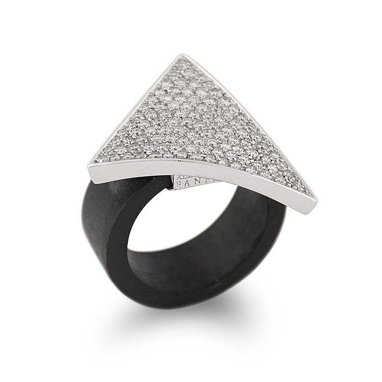 triangular ring with diamonds and rubber