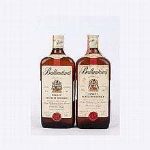 Finest Scotch Whisky Ballantine's anni '80 (2 bt)