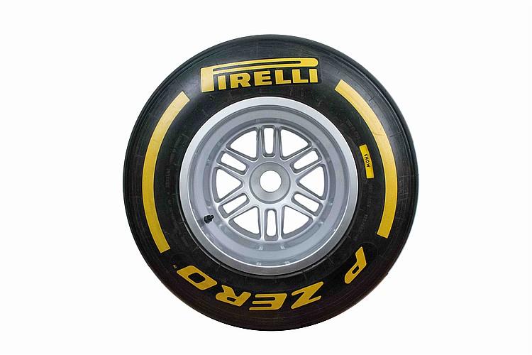 A group of 4 tires with OZ PzeroPirelli rims