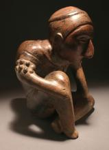 AN EXCEPTIONAL COLIMA HUNCHBACK FIGURE