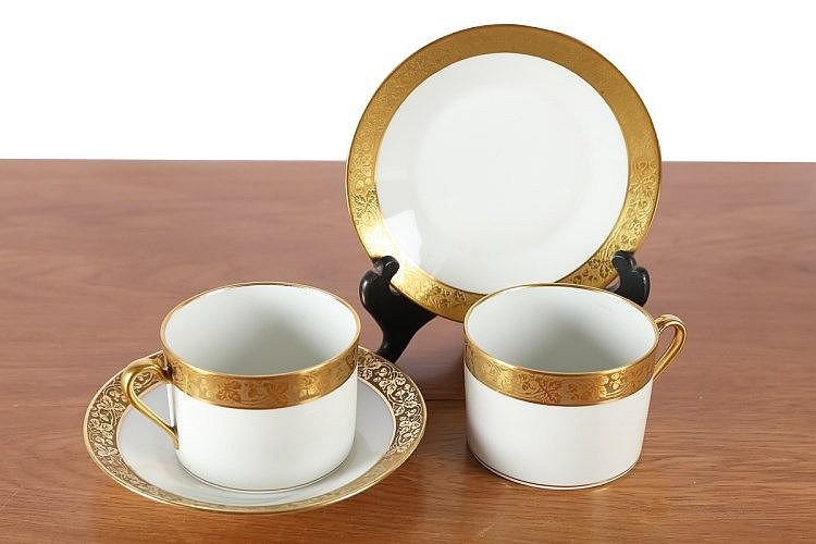 Limoges 2 tasses et sous tasses en porcelaine blanche et reh - Applique porcelaine blanche ...