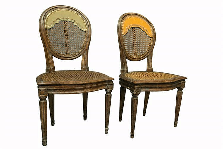 Paire de chaises en noyer louis xvi fin xviii me restaura for Chaises louis xvi occasion