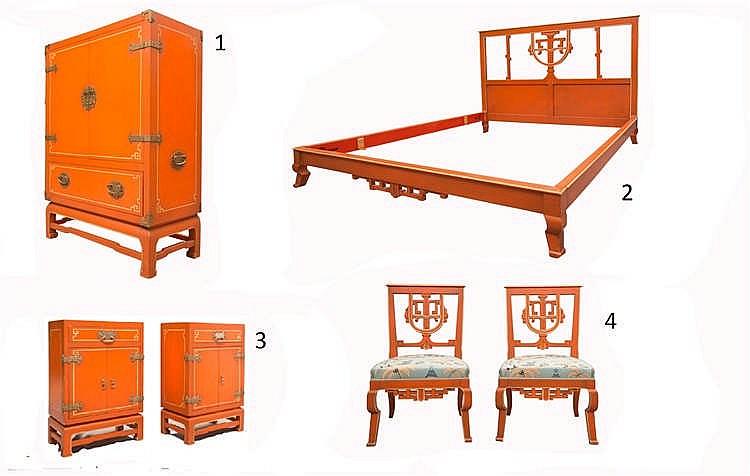 Mobilier de chambre à coucher style Chinois en bois peint orange comprena