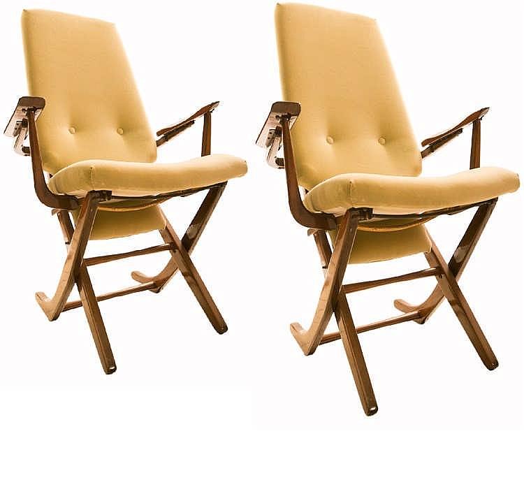 Paire de fauteuils haut dossier en bois exotique verni le - Fauteuil en bois exotique ...