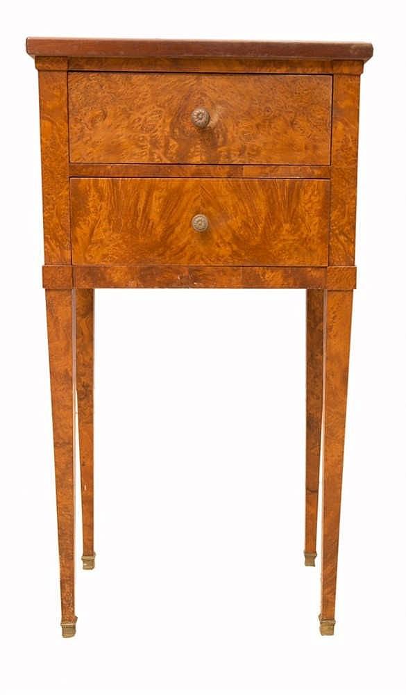 Table de salon style louis xvi en placage de ronce ouvrant for Salon style louis 16