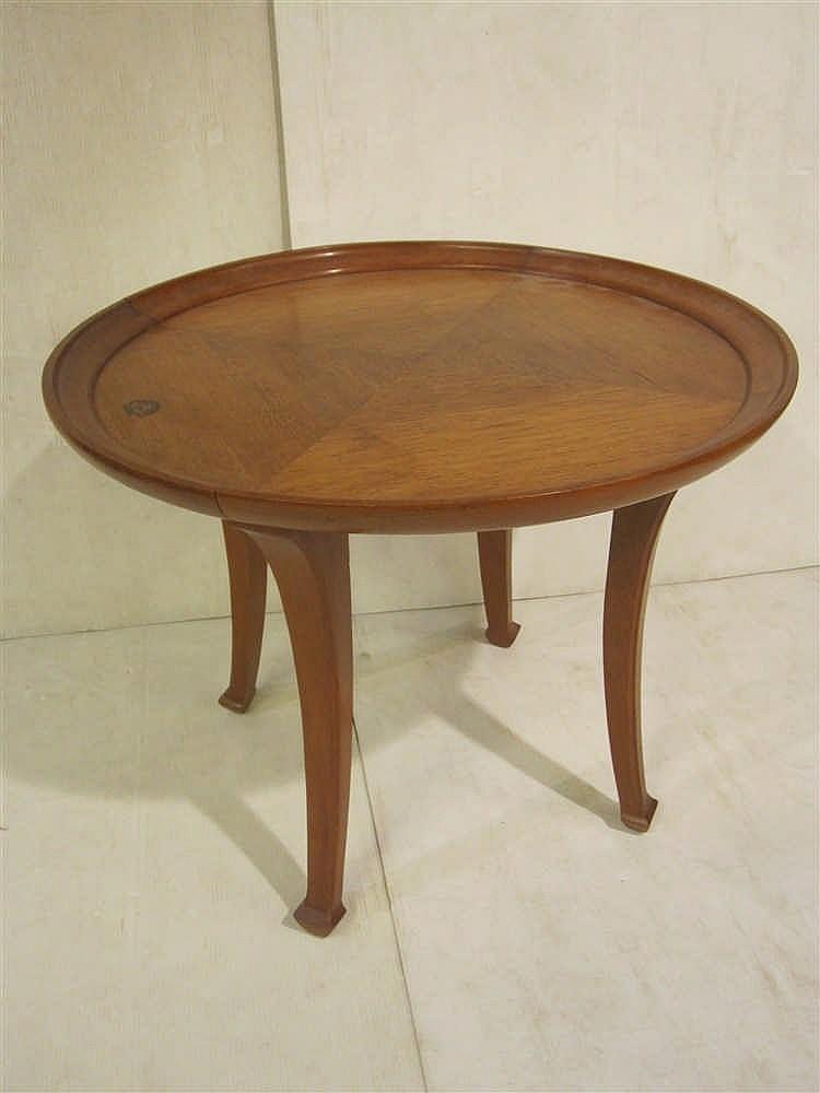 Petite table basse plateau en bois de placage estampillee - Petite table basse en bois ...