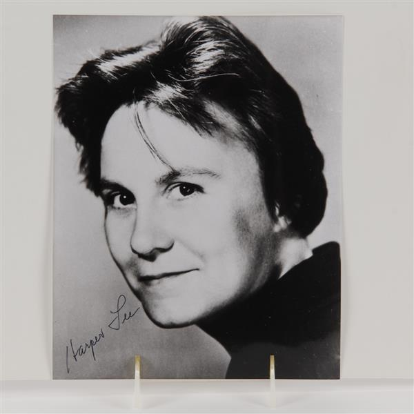 Harper Lee signed photo.