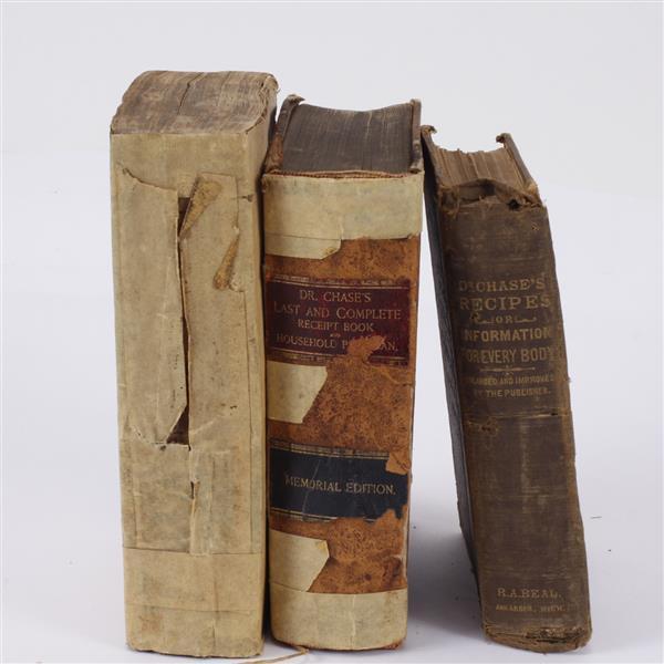 Lot of 4 antique/vintage pharmaceutical medical books