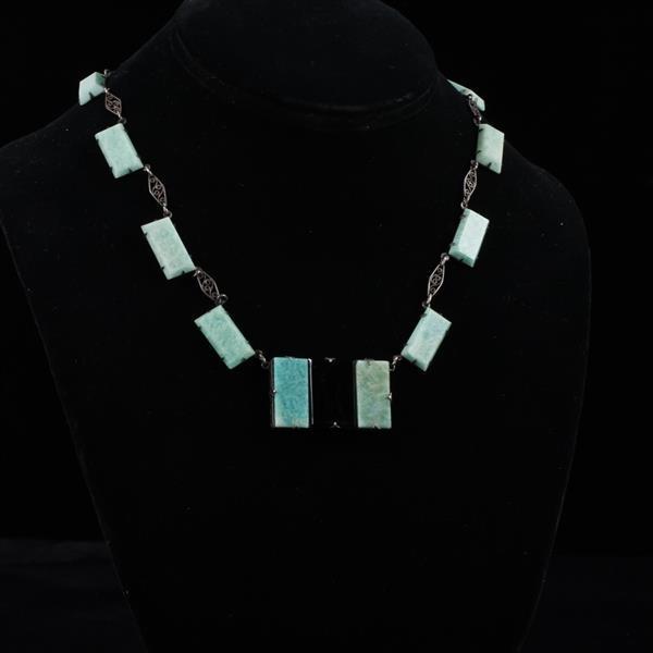 Czech Art Deco Green & Black Faceted Necklace