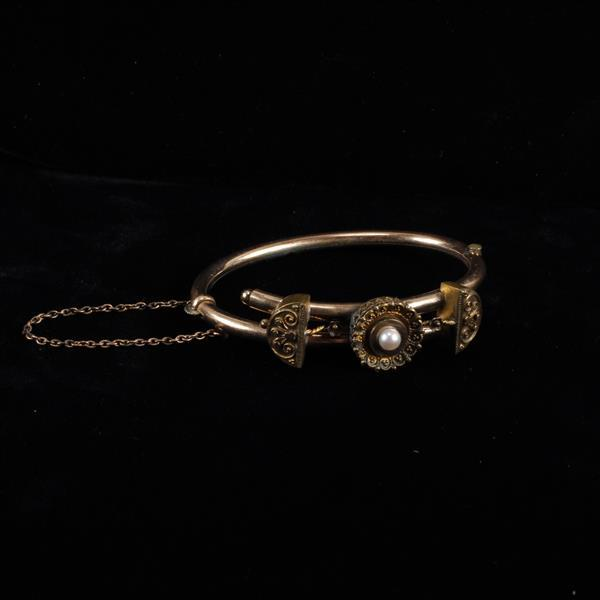 Victorian gold filled bypass bracelet with pearl.