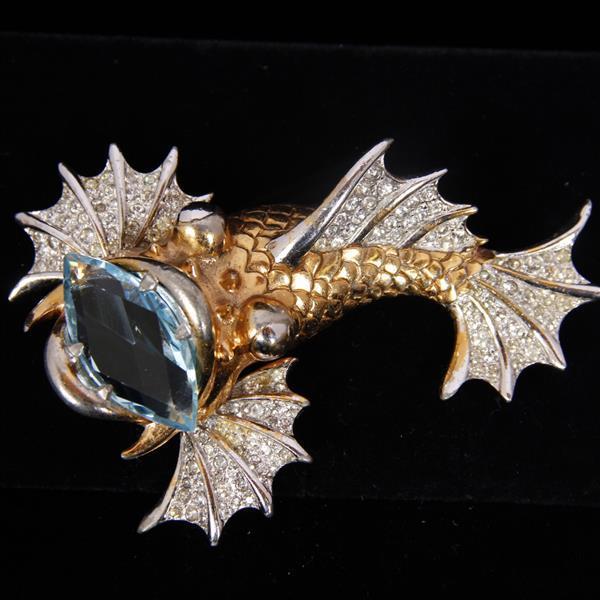 Unmarked Pave & Gold Wash Pave Lion Fish with large aquamarine jewel rhodium plated figural pin brooch.