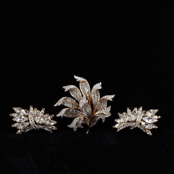 Trifari 2pc. Diamante Gold Tone Floral Brooch Pin & Clip Earring