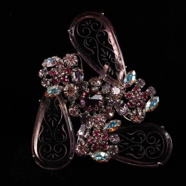 Schreiner? unmarked Etched Glass Rhinestone Brooch Pin
