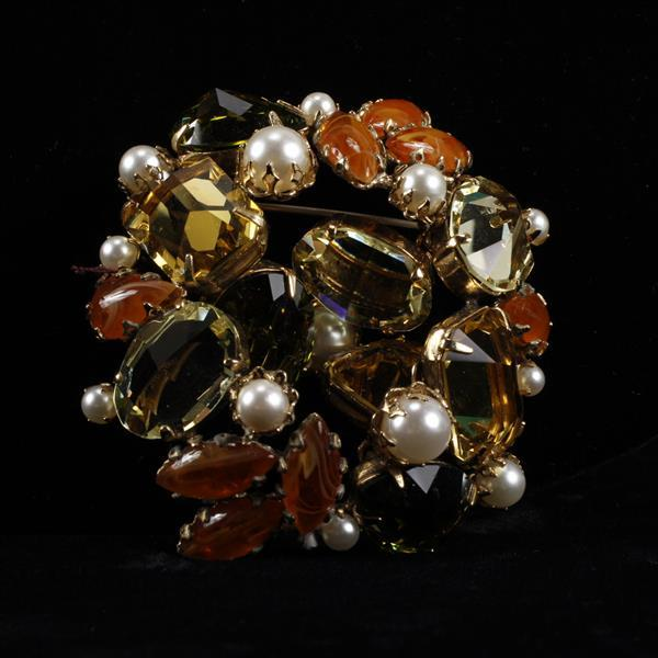 Juliana? Jeweled Brooch Pin with Faux Pearls