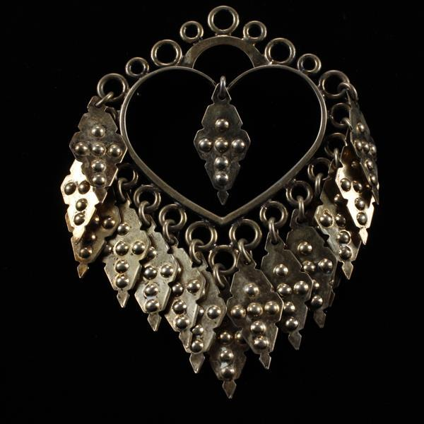 Frank & Regine Juhls Kautokeino Norway Sterling Silver Vermeil Modernist Scandinavian Heart Dangle Brooch Pin.