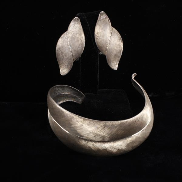 Hammered and Brushed Sterling Silver Modernist Designer Leaf Form Cuff bracelet & clip earrings.