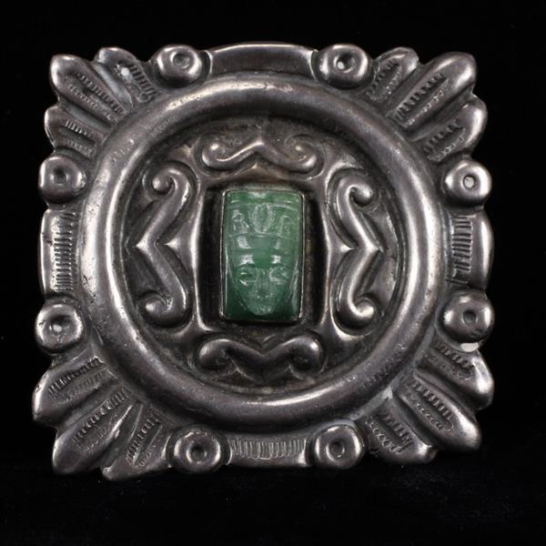 M.Velazquez Mexico 925 Sterling Silver hollow pin brooch with carved green onyx mask.
