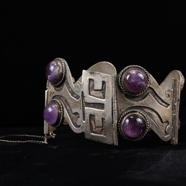 Mexico 925 Sterling Silver & Amethyst Cabochon Modernist Wide Link Bracelet possibly Juventino Lopez Reyes.