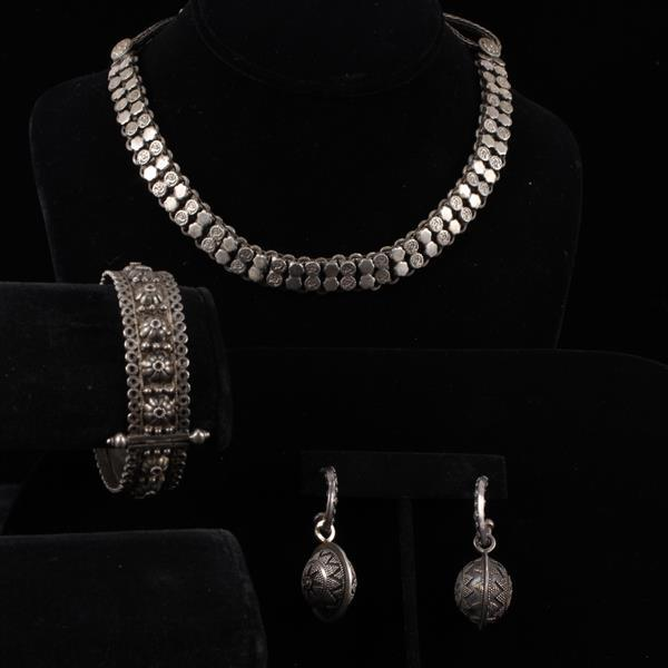 Indonesian / Madhya Pradesh Indian 3pc. ethnic sterling silver jewelry; Necklace, bracelet, & earrings.