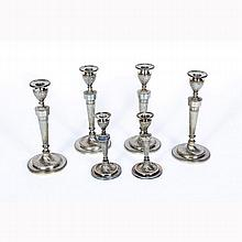Six English Victorian sterling and silver candlesticks, Hawksworth & Eyre, Sheffield, 1898.