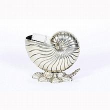 Sheffield silverplate nautilus shell form spoon warmer.