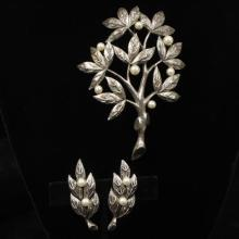 Tortolani Italy silver toned fruit tree brooch pin and clip earring set with faux pearls.