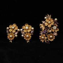 Coro layered floral gold tone pin / brooch and earrings with purple amethyst rhinestones and faux pearls.
