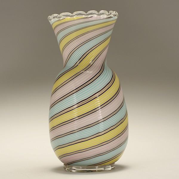 Fratelli Toso Murano filigrana vase, attributed.