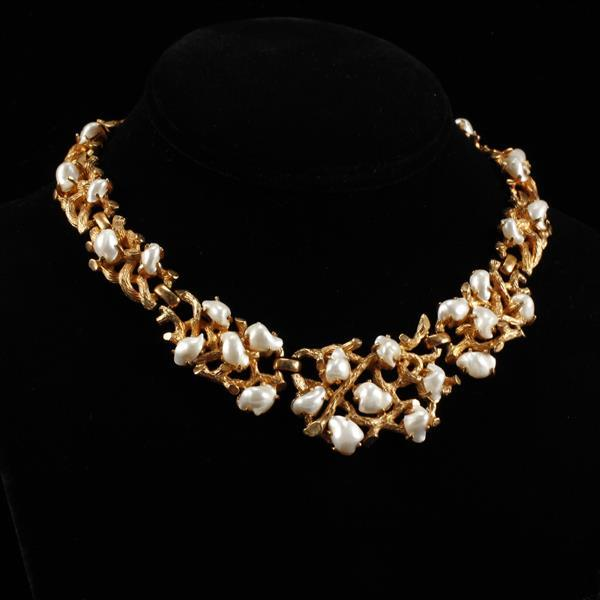 Boucher baroque pearl gold tone choker necklace with branch motif.