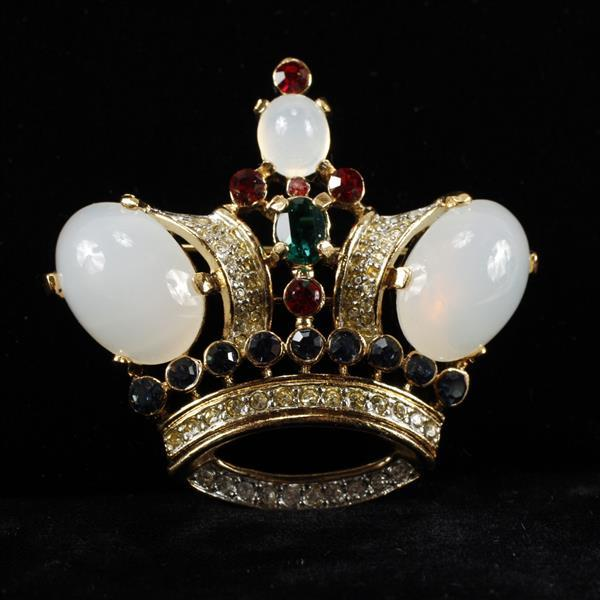 Trifari Crown Goldtone Brooch Pin with jelly belly white cabochons and rhinestones.
