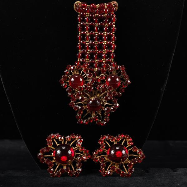 Miriam Haskell 2pc. Set; Red Glass Brooch Pin & Clip Earrings. Horseshoe mark.