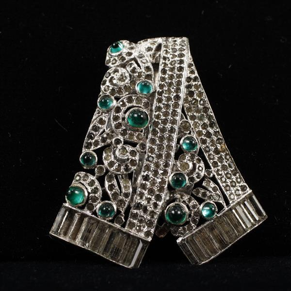KTF Trifari Art Deco Diamante Fur Clip with emerald glass cabochons.